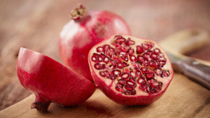 642x361-Can_You_Eat_Pomegranate_Seeds